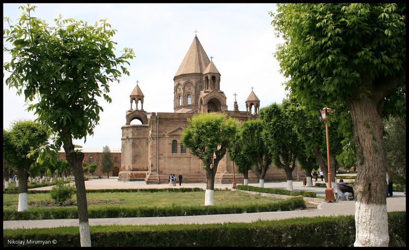 Кафедральный собор Армения, Эчмиадзин, Храм, Весна