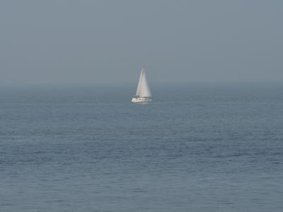 """Конечно """"Белеет парус одинокий""""! ..в тумане моря голубом! Пейзаж природа море Северное Остенде Бельгия парус одинокий"""