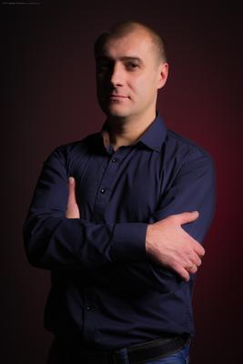 Улыбка Джоконды мужчина портрет студия Армавир Краснодарский край любимый муж моя семья фотограф в Армавире