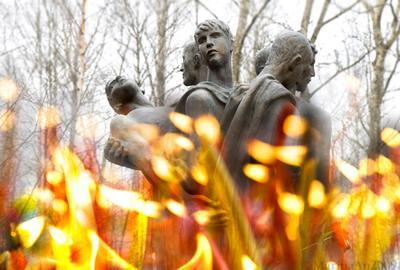 = Афганцам = Мемориал Памяти Афганцам Серафимовское кладбище СПб