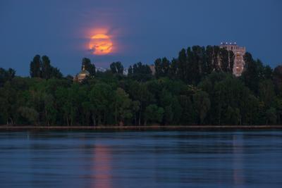 Большая луна 2021 пейзаж природа вечер весна полнолуние суперлуние Воронеж водохранилище