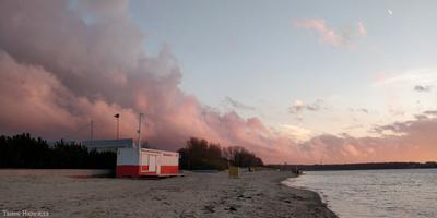 Розовое дыхание облаков.
