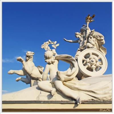 Покровительница искусства - Мельпомена (на крыше оперного) - 2 Одесский национальный академический театр оперы и балета оперный руферы руфинг крыша рассвет