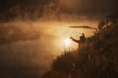 На зорьке утренней ... озеро горы лес природа закат рассвет красота приключения путешествие облака Урал