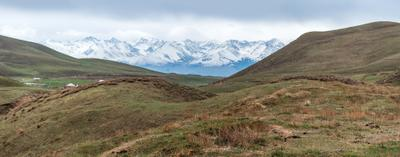 Киргизия. Тянь Шань. Панорама киргизия горы снег снежники тянь шань пейзаж панорама