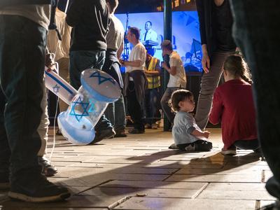 День Независимости в Израиле Ребенок праздник символика