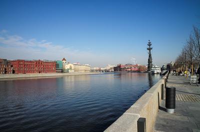 Набережная. Москва-река набережная город
