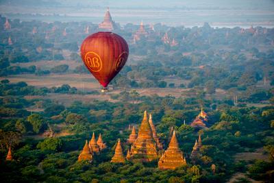 Воздушный шар над Старым Баганом bagan balloons burma myanmar balloon