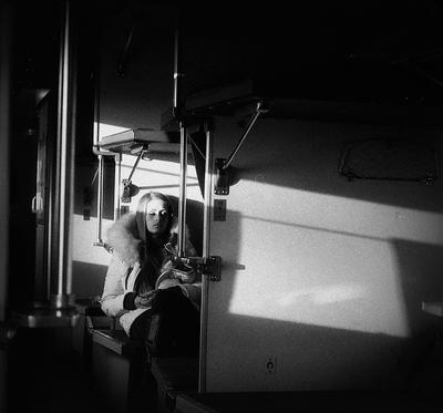 Москва - Рига девушка путешествие поезд