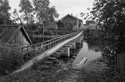мост через речку Шелекса из деревни Конец....