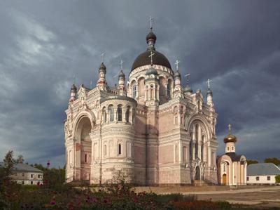 Собор Казанской иконы Божьей Матери храм монастырь