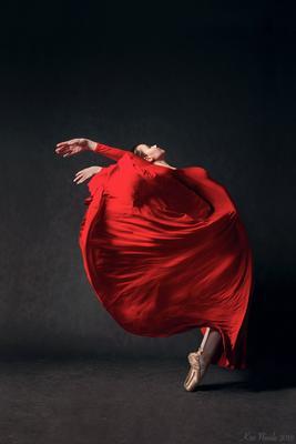 *** балерина танец балет красное платье