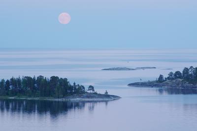 * луна озеро остров