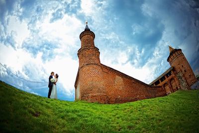 У стен Кремля lm-photo.ru свадьба жених невеста Миронов Леликова фотограф свадебный wedding
