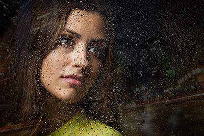 *** Портрет фото студия классический дождь вода капли за окном