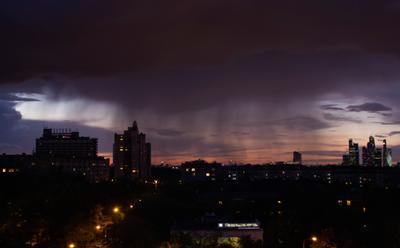 Вечерний Московский дождик... москва природа дождь
