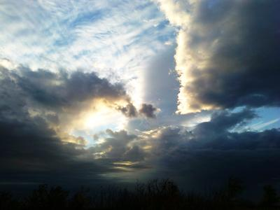 Подушка из облака) Небо закат облака пейзаж природа красота странное