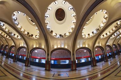 Маяковская метро Маяковская огни панно поезд вагон фишай арка архитектура Кольцов Юрий Юрьевич juriy68