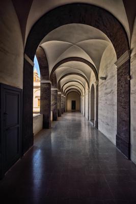 Во внутреннем дворе. efim58 в Неаполе Италия Чертоза Сан Мартино