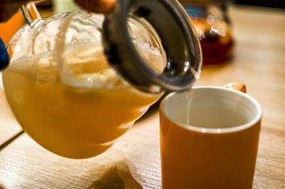 Имбирный чай Чай имбирный напиток лимон настроение тепло уют кафе кружка чайник