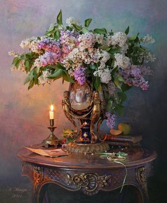 Натюрморт с цветами цветы сирень букет свеча
