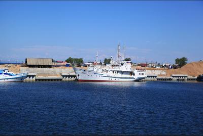 Турка. Побережье Байкала. турка байкал корабль