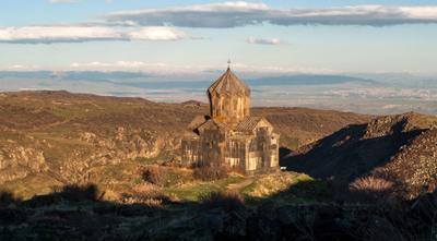 церковь Сурб Аствацацин Амберд Армения церковь Сурб Аствацацин