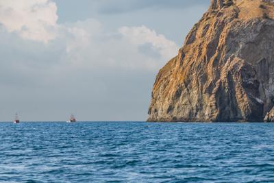 Корабли у Кара-Дага коктебель кара-даг корабли море