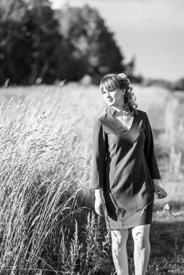 *** девушка лето поле колосья