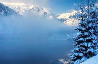 После снегопада. Альпы снег озеро