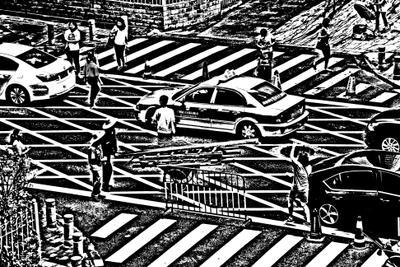 Жизнь кипит улица люди