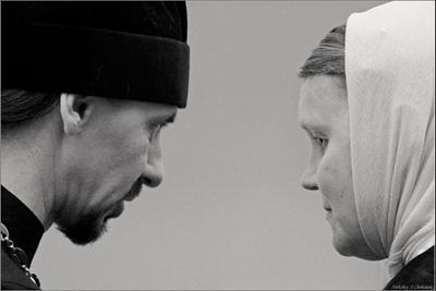 """Слово (Из цикла """"Православная Русь"""") Санкт-Петербург, 2008 г., ярмарка Православная Русь, беседа со священником"""