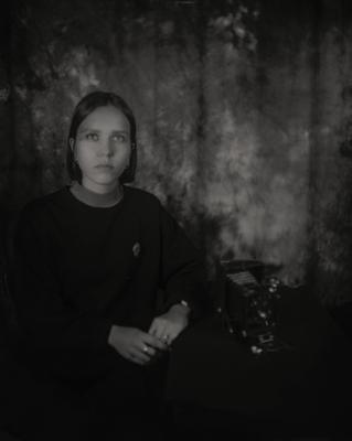 Портрет молодой женщины фотокор-1
