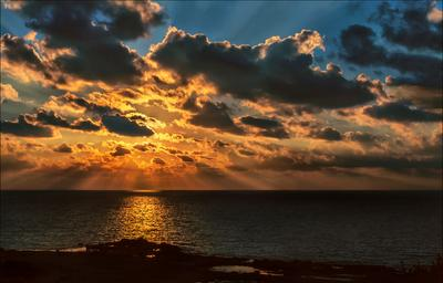 Уходит день..... Море Закат Прощальный Кадр