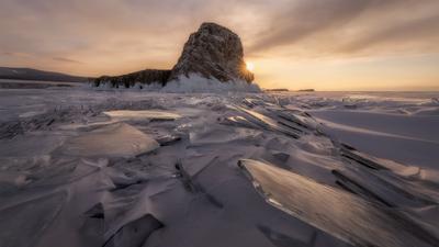Хрустальный Байкал Россия Сибирь Байкал остров пейзаж пейзажироссии природа путешествия лед закат зима мороз Russia Siberia Baikal landscape island nature travel lake ice winter frozen