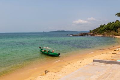 лодочка Вьетнам о Фукуок море