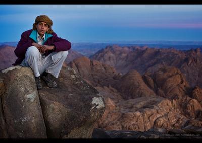 Гора Моисея | молодой бедуин Египет горы Синай Моисей бедуин рассвет Egypt
