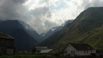 Фентези Горы ущелье пейзаж