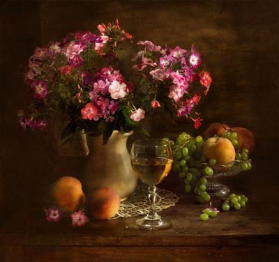 С флоксами  цветы , флоксы , наюрморт ,  фрукты