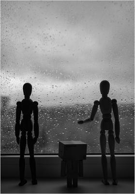 """""""Две стороны стекла - дождь и ладонь"""""""