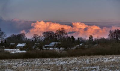 *** весна закат облака деревня