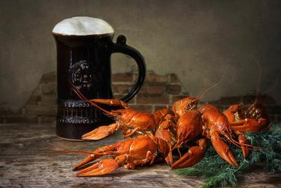 ***Вчера были большие, но по пять рублей... натюрморт еда напитки пиво раки закуски фуд фото