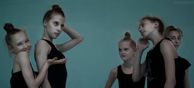Во время тренировки гимнастика спорт девочки жанр репортаж