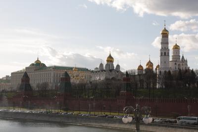 Белокаменная Москва Кремль река церковь город Россия
