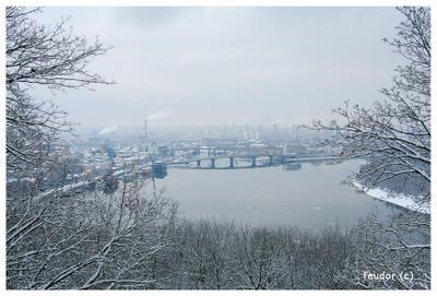 City in Winter Kiev Киев Украина Город Dnepr Днепр Fevrier February Февраль Vladimirskaya gorka Владимирская горка