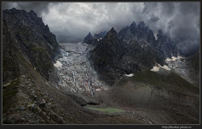 Неуютно в горах в непогоду Кавказ горы тучи непогода
