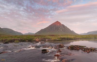 Первый луч на Бешеле фототу шотландия рассвет