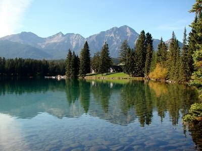 *** Канада Альберта Джаспер Jasper Mildred Lake осень озеро горы отражения лес природа пейзаж