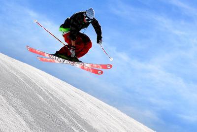 Полетаем! снег, ратрак, сноупарк, горные, лыжи, горы, полет, скорость, прыжок, адреналин