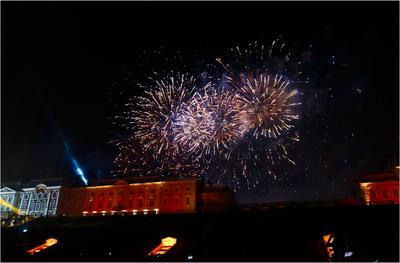 Праздник фонтанов в Петергофе путешествия